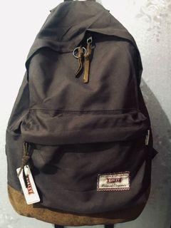 Sisley Backpack + bonus 2 slide trakhir