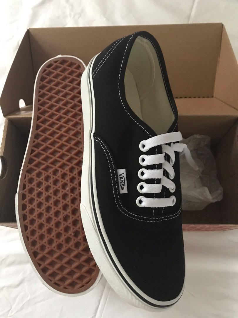 VANS Authentic | black |M7, W8.5, 39, Men's Fashion, Footwear ...
