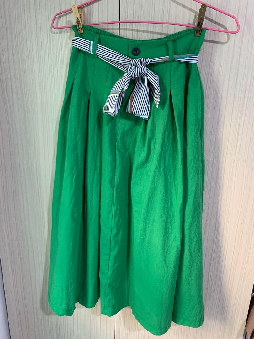 太有氣質了~優雅綠色長裙