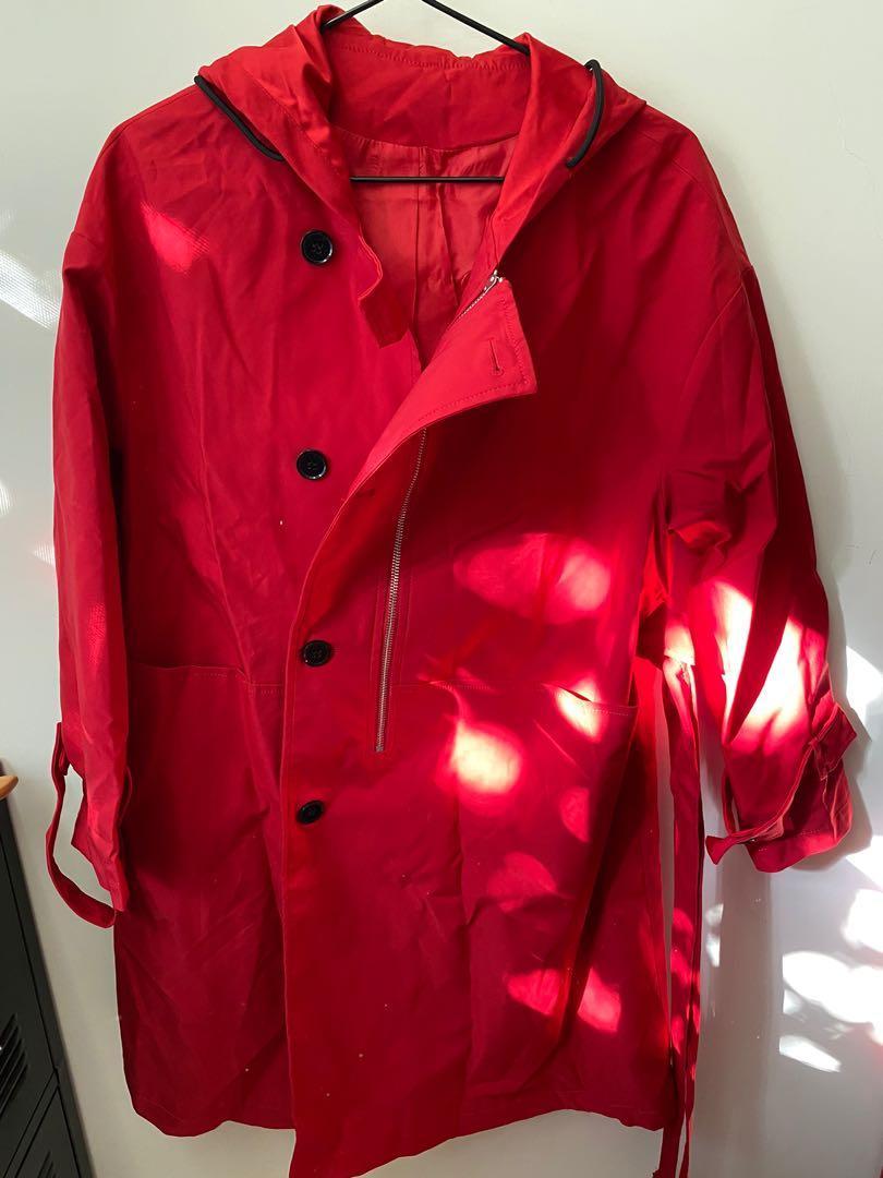 全新紅色風衣外套