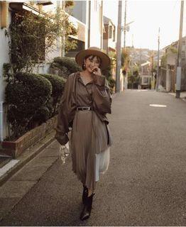 琥珀太太 絕對必買!高級布料 超舒服撞色拼接百褶裙(奶茶色)