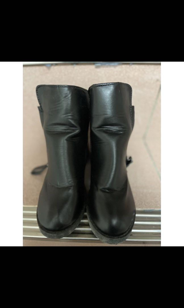 英倫風 黑色短靴