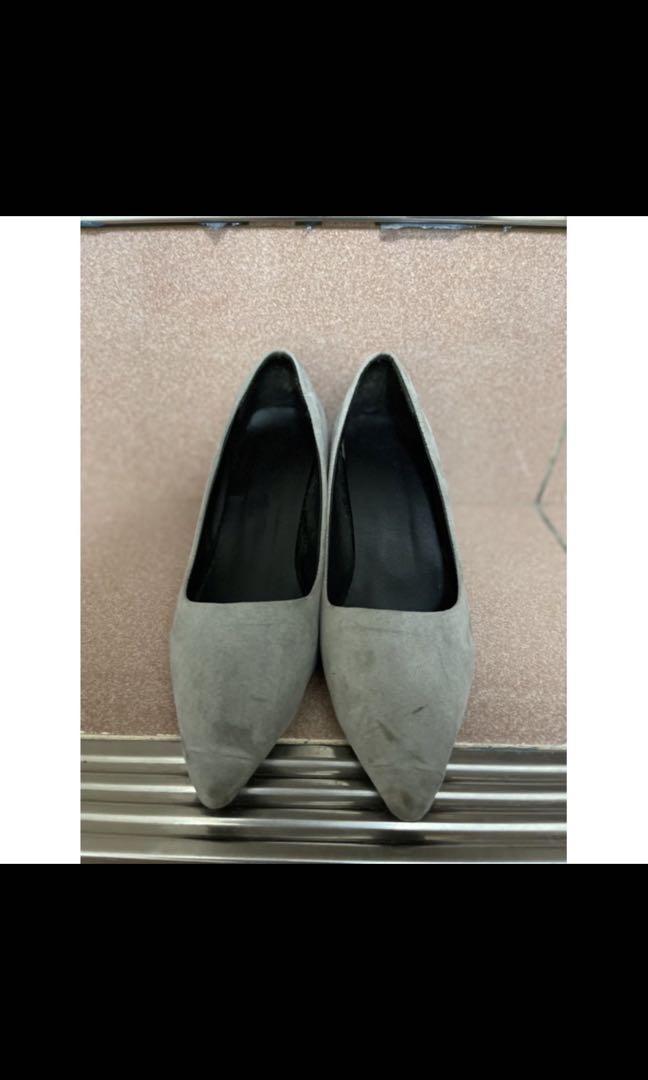灰色尖頭高跟鞋 絨面