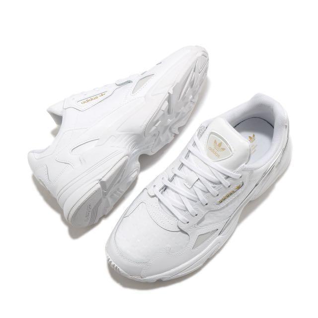 Adidas Falcon W經典復古鞋