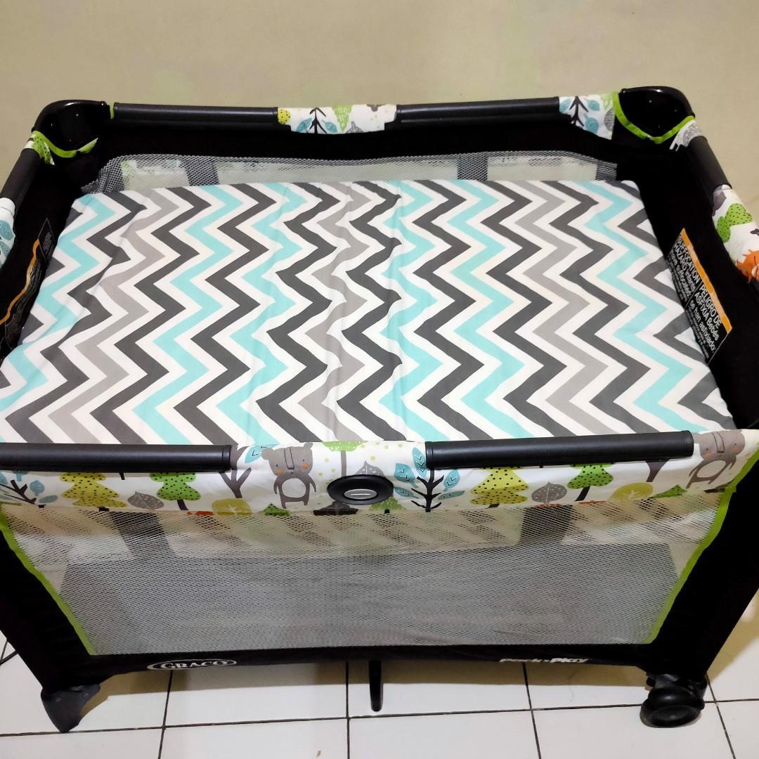 Baby box Graco preloved free kasur