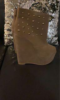 Beige wedged heels