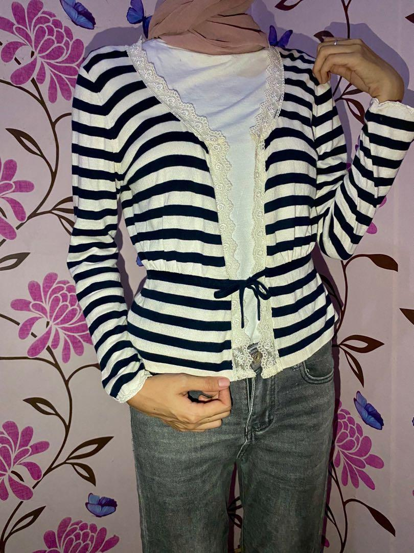 Cardigan stripe BnW