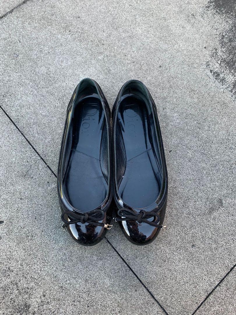 Dior 漆皮平底娃娃鞋