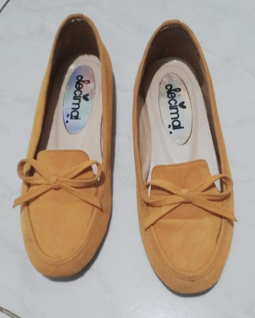Flat shoes Loafers mustard
