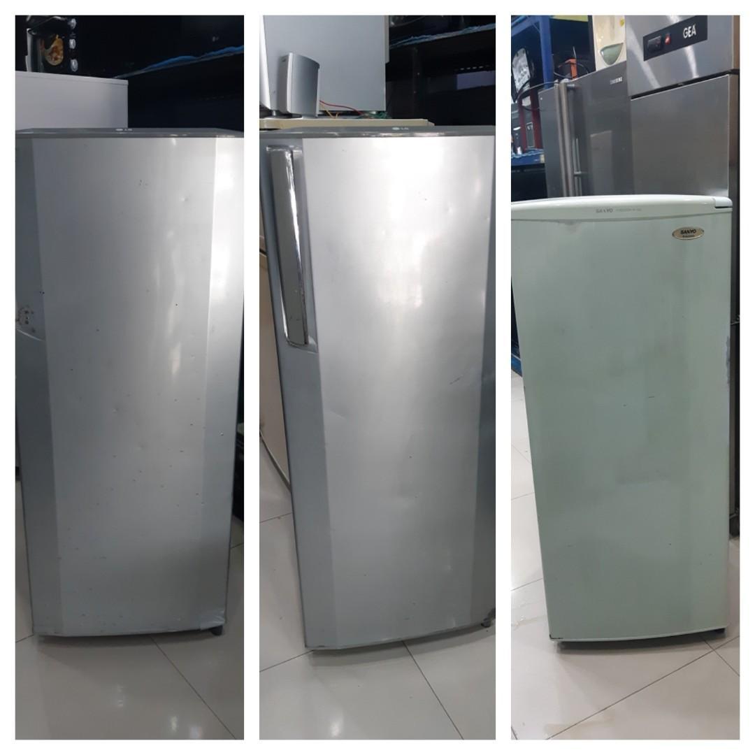 Kulkas Freezer 3 unit, 2 LG & 1 Sanyo, kondisi sehat, promo murah
