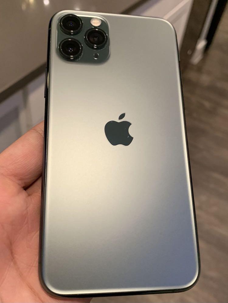 iPhone 11 Pro 64GB FACTORY UNLOCKED