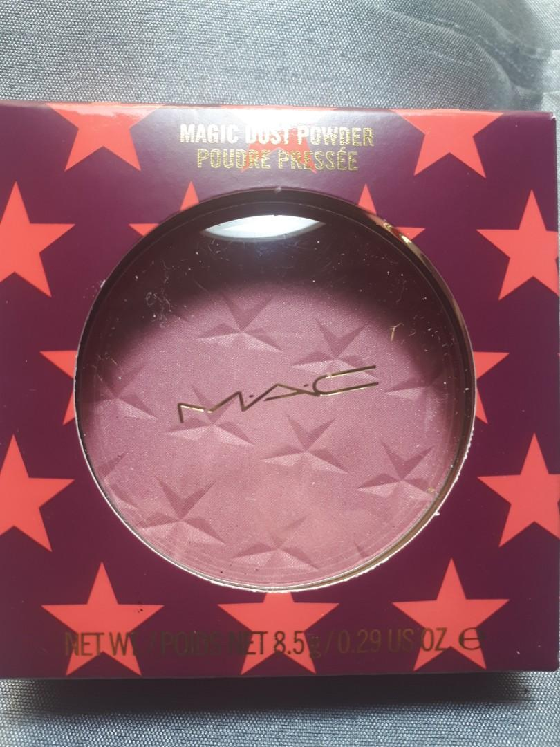 MAC Magic Dust Powder