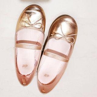 Sepatu Rose gold HnM sz 33