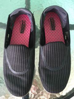 Sepatu Skechers go walk 3