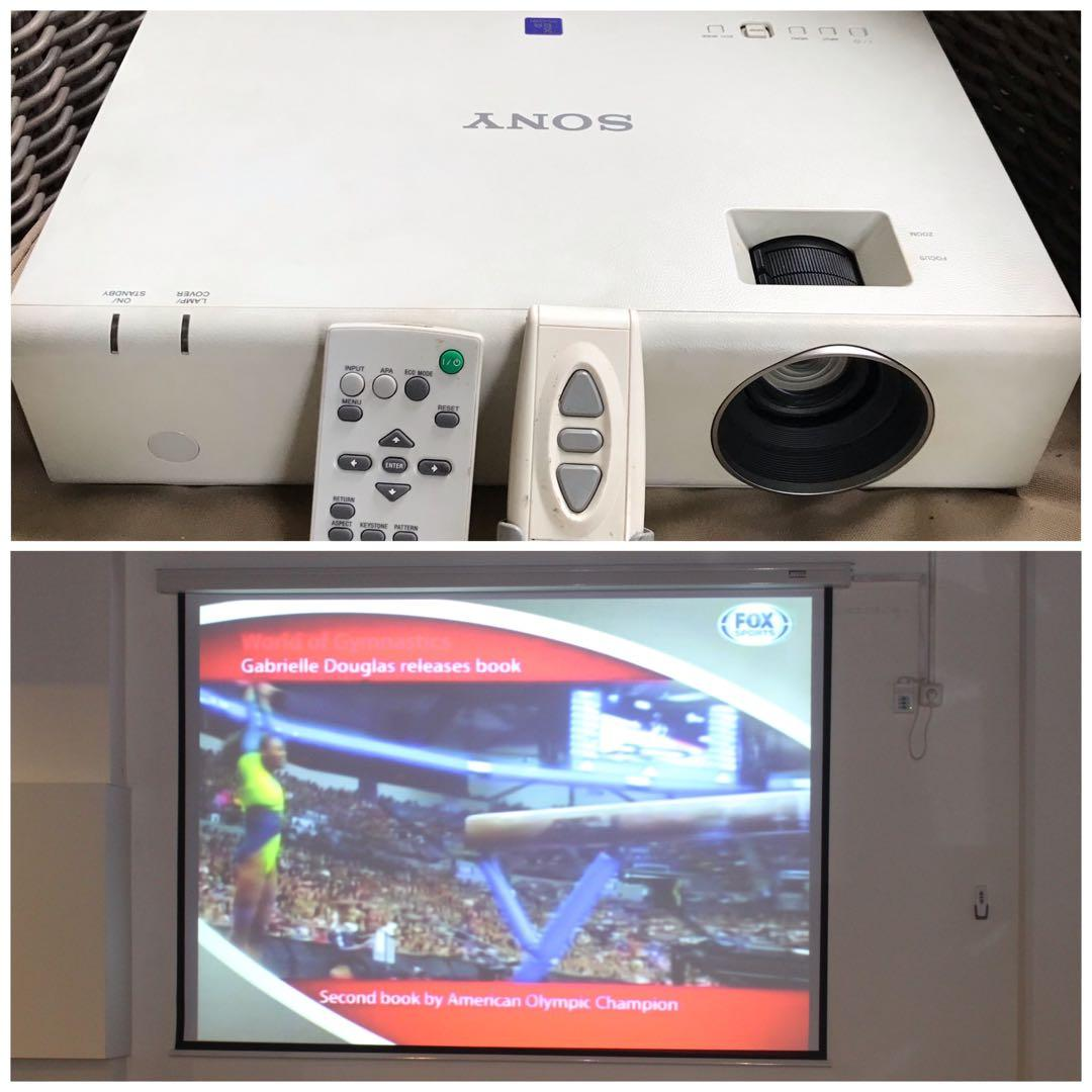 Sony Projector & Screen Projector