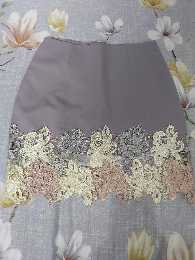 Span Grey Renda Flowers