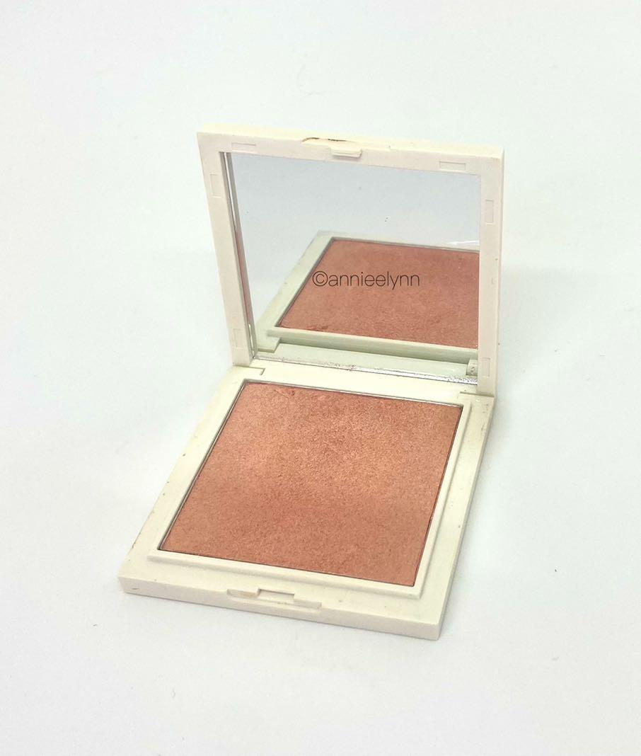 Vintage by Jessica Liebskind Illuminating Highlighter in Rose Gold