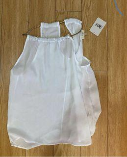 White top size small