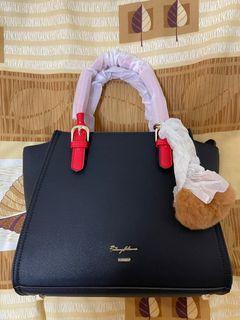 手提防刮皮革蝙蝠包中包「全新未使用」