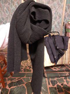 黑色披肩圍巾