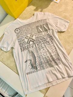 二手  A/X 短袖 只穿過2次 超新  。微風專櫃購入 便宜賣