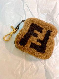 Fendi 羔羊毛 牛皮 拉鍊 零錢包 非常稀少特別  真品