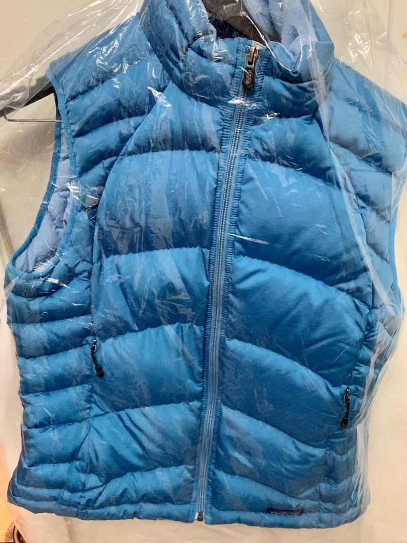 Like new Patagonia women's down puffer vest sz LG