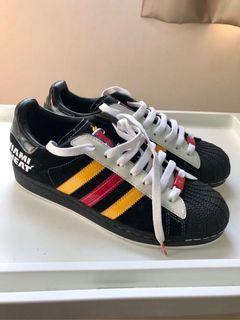 Us7.5  Adidas Superstar  Original NBA Miami Heat Mens 邁阿密熱火隊NBA 正品 休閒鞋 慢跑鞋 鞋