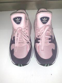 Adidas Falcon's