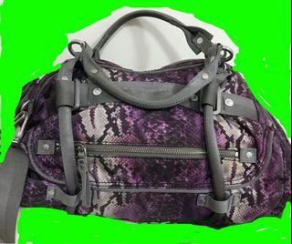 TOUGH紫色蟒蛇紋包包袋子