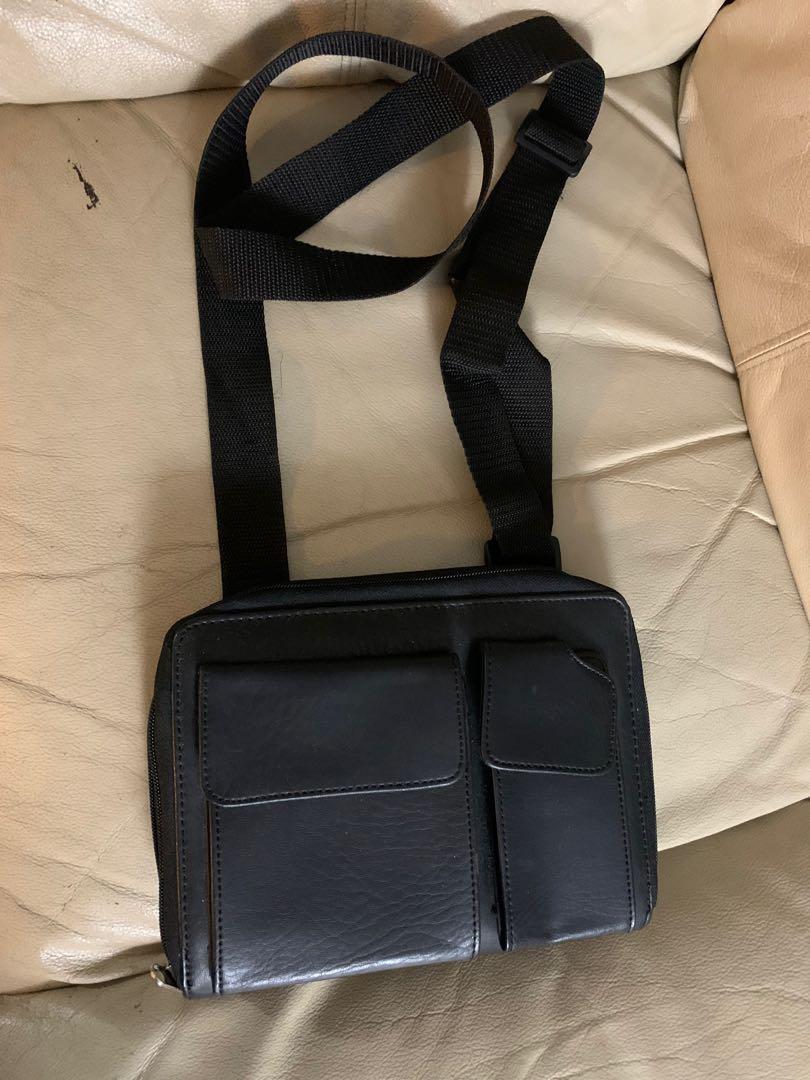 Wallet organizer side bag $10