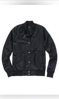 Aritzia bomber jacket