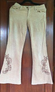 Celana corduroy alus motif vintage bordir