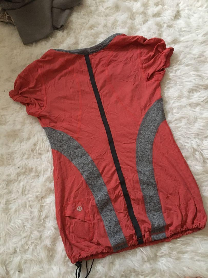 Guc lululemon workout shirt