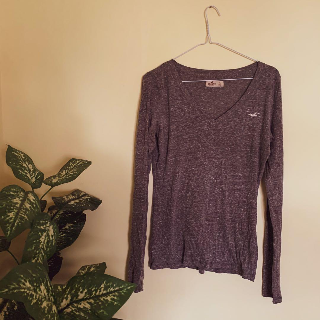 HOLLISTER HEATHER GREY LONG SLEEVE SIZE SMALL