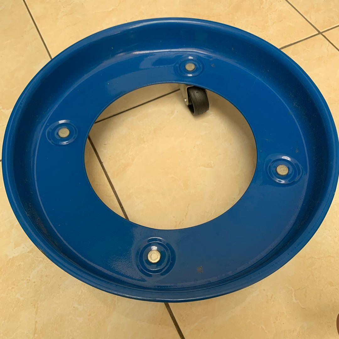 tempat / roda tabung gas