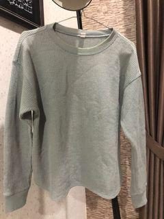 Uniqlo waffle knit sweater sweatshirt crewneck