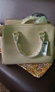 United Colors of Benetton UCB handbag or sling bag body bag bought in Jurong East mall in Singapore bnwt
