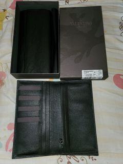 全新Valentino 華倫天奴黑色型格長銀包