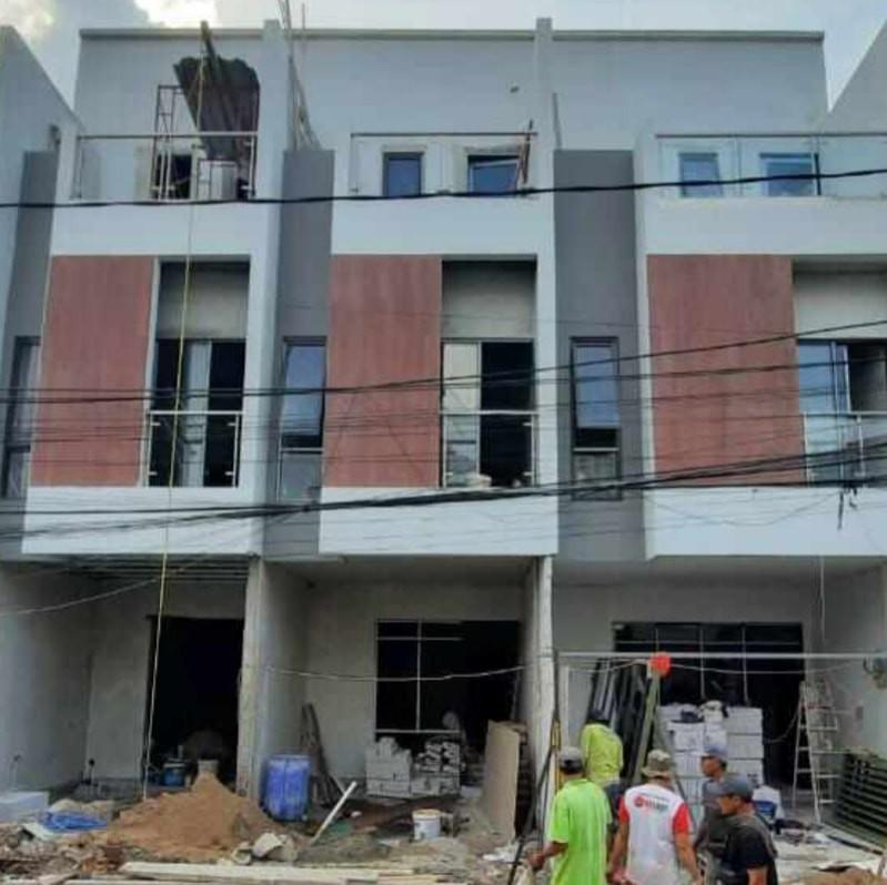 Dijual Rumah Baru 3 Lantai Tanjung Duren