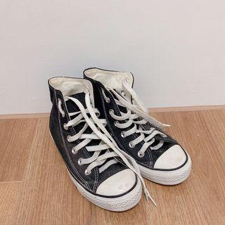 二手Lativ22cm高筒帆布鞋