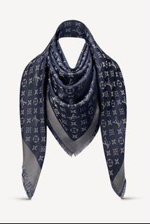 LV monogram shine 金絲藏藍色 披肩圍巾