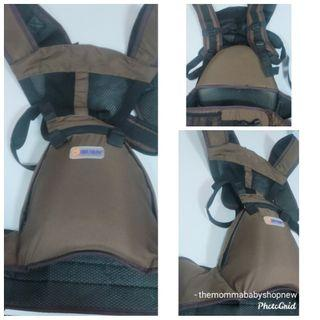 250 only! Good as New Hipseat Carrier