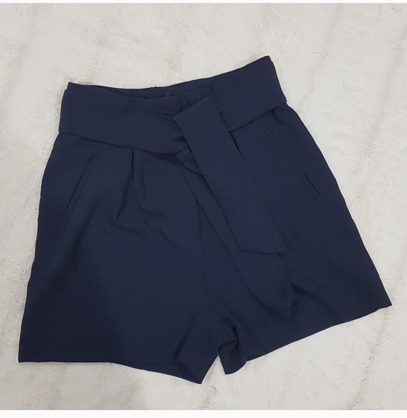 H&M high rise shorts with self tie