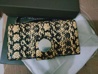 Brandnew! Authentic Charles &Keith Crossbody Wallet