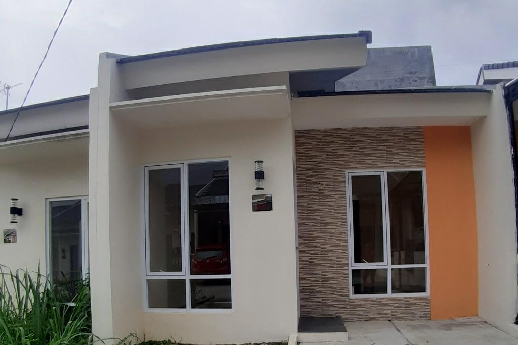 Rumah siap huni lokasi dekat Akses Tol Cimanggis Free BPHTB