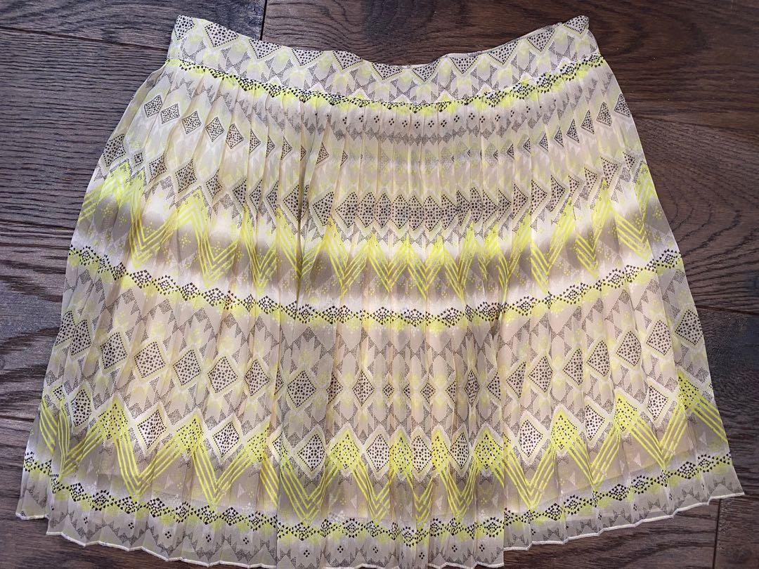 American eagle outfitters pleated skirt size 2