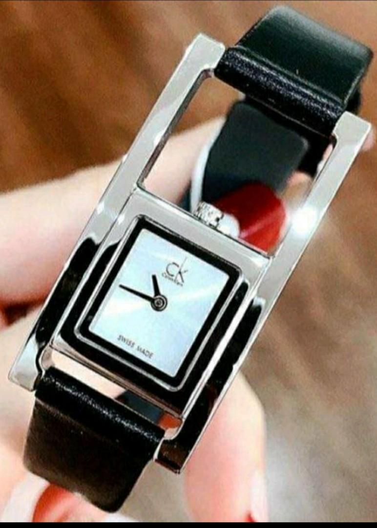 Calvin Klein真皮錶帶女錶 不銹鋼錶殼 瑞士石英機芯