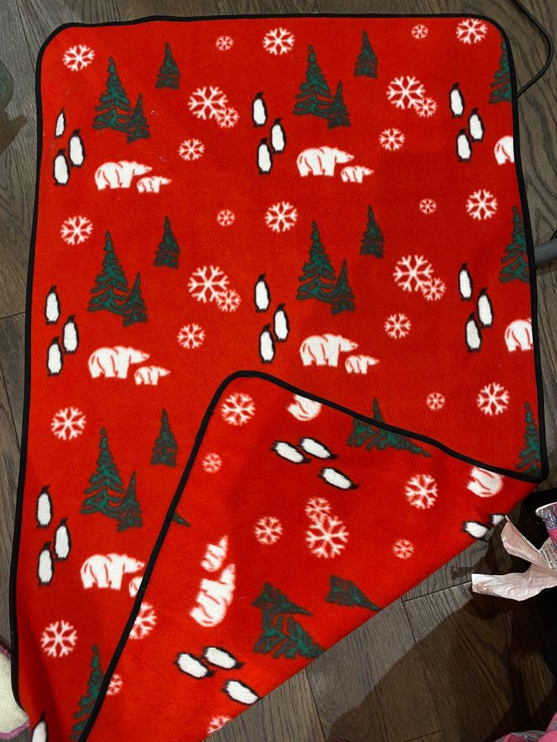 Fleece winter themed blanket