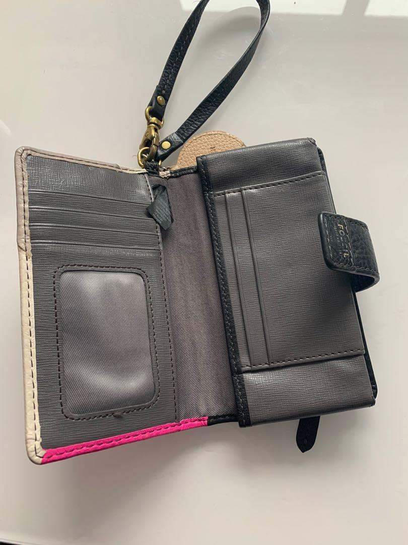 Fossil phone wallet with Estée Lauder fox keychain